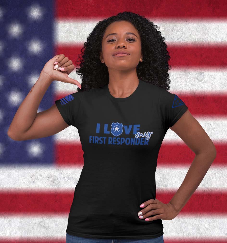 Love my Blue on Women's BlackT-Shirt